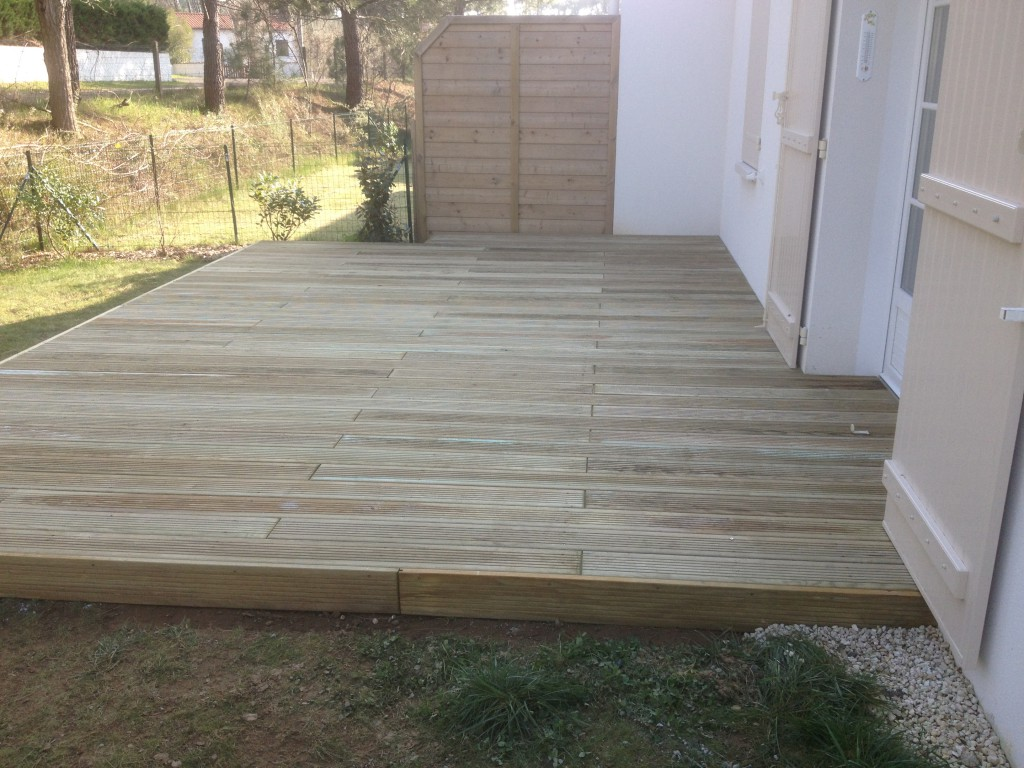 Terrasse pin classe 4 articles similaires terrasse pin - Lame terrasse bois grande largeur ...
